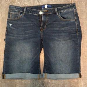 Apt. 9 Bermuda shorts size 12